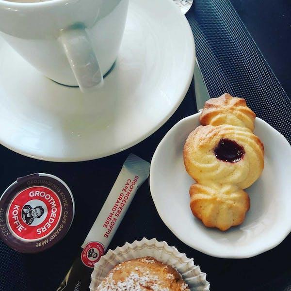Third Paradise-koekjes bij de koffie in Jazz-café Kortrijk (zomer 2021)
